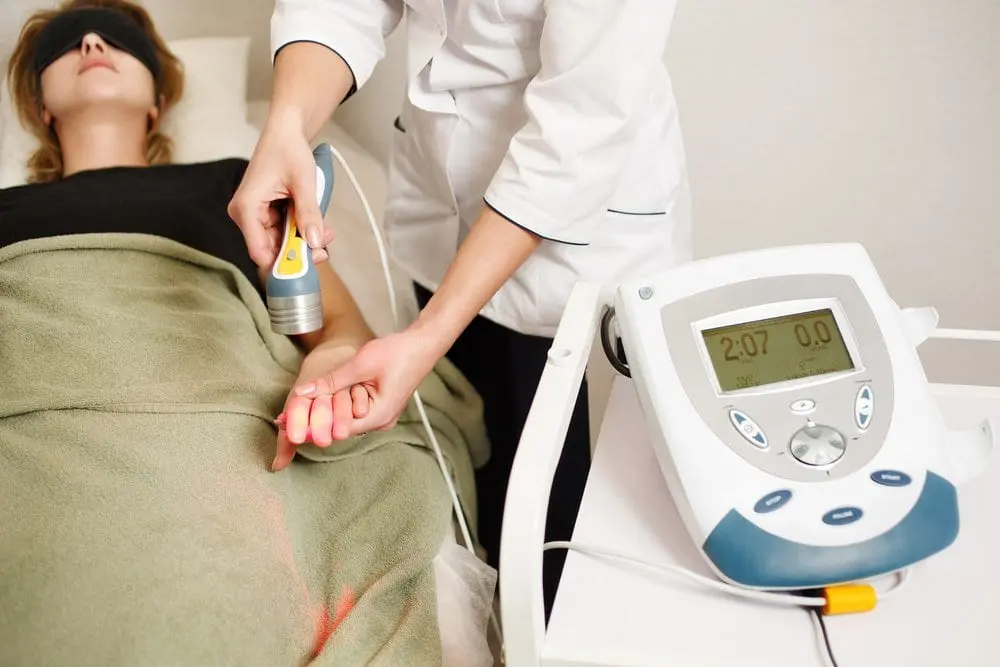 Laser-Therapy-on-patient