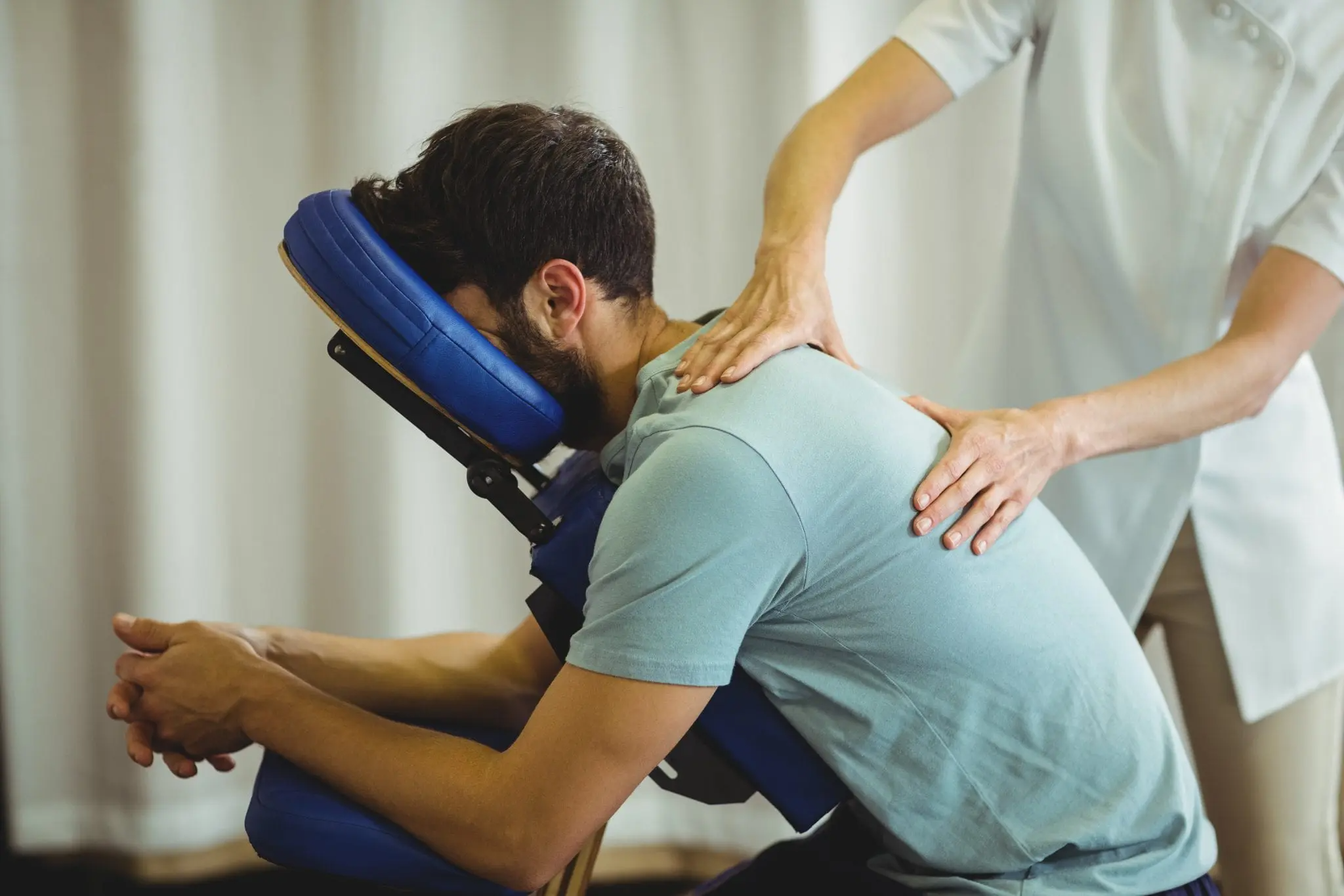 Back-Massage-Physical-Therapy